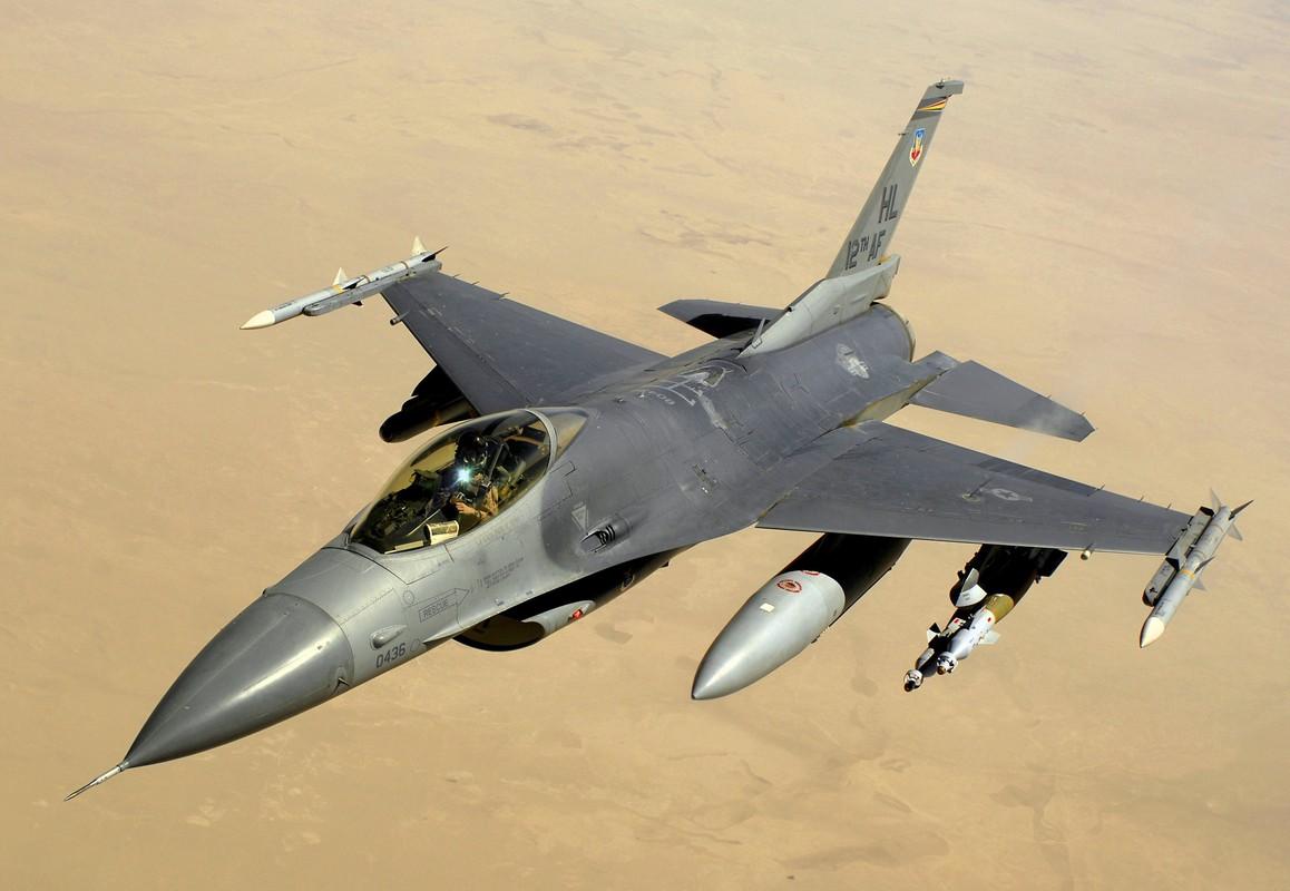 Chi 13 ty USD mua F-16, Dai Loan quyet vuc day khong quan-Hinh-2