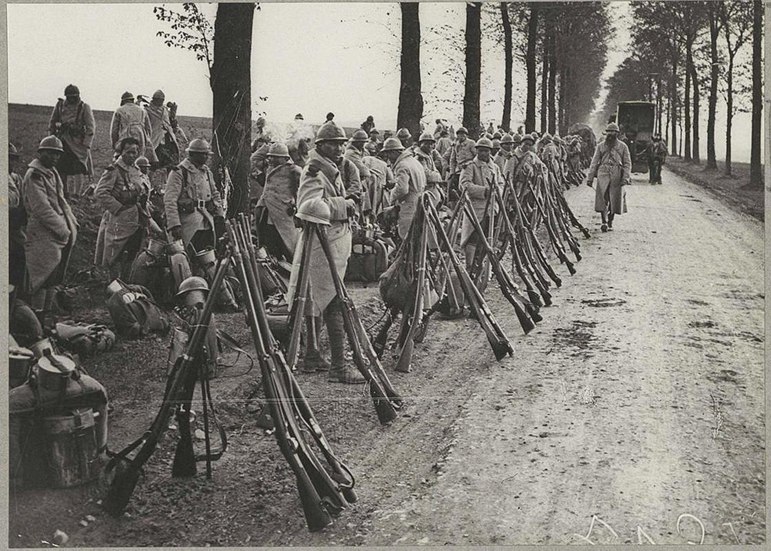 Vi sao nguoi Viet xuat hien o chien truong chau Au 1917?-Hinh-6