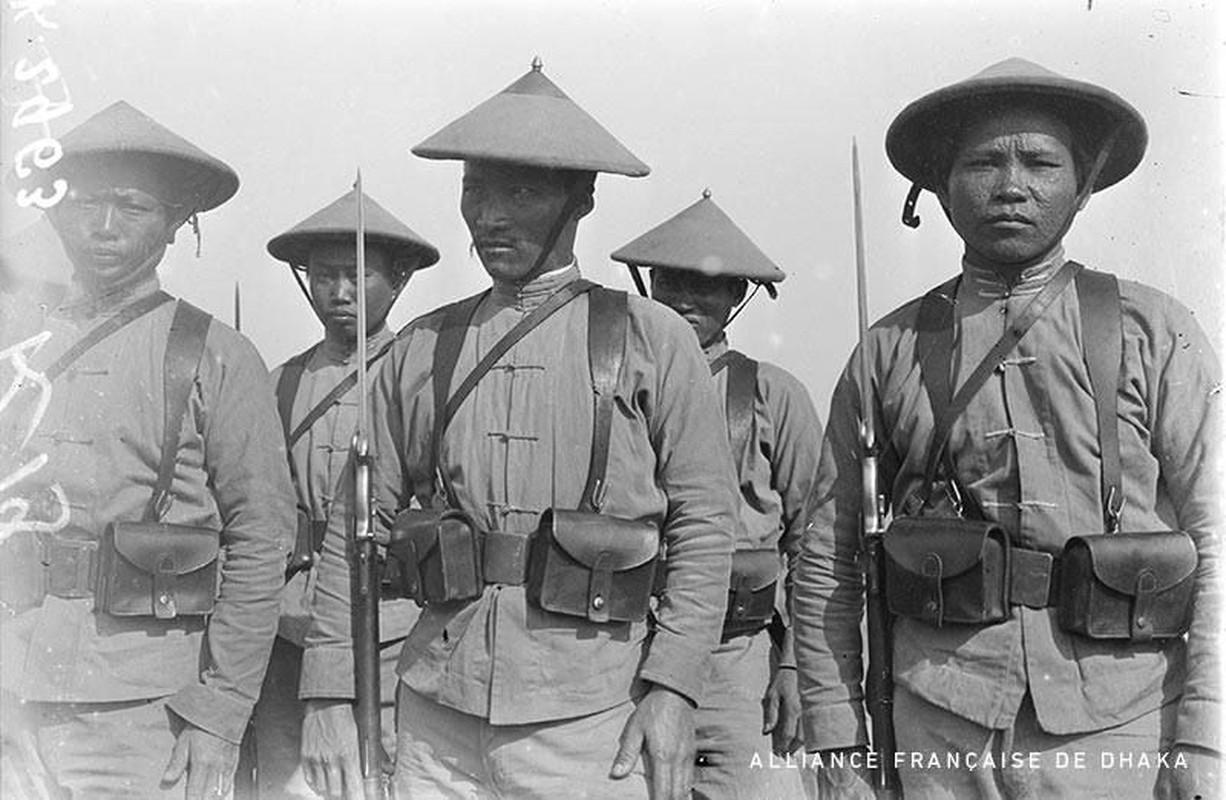 Vi sao nguoi Viet xuat hien o chien truong chau Au 1917?