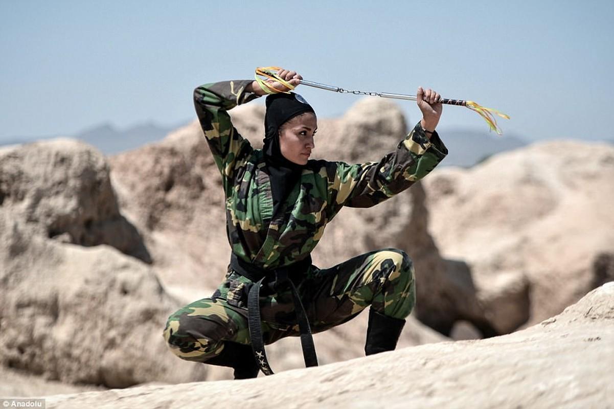 La doi quan Hoi giao, Iran van co luc luong dac nhiem toan nu-Hinh-10