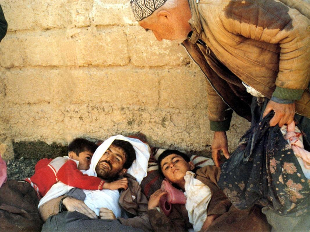 Kinh hoang cach Iraq huy diet quan doi Iran bang vu khi hoa hoc-Hinh-8
