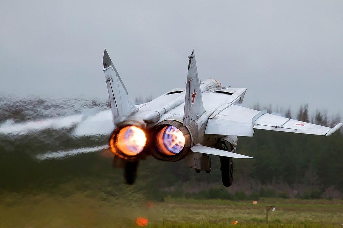 "MiG-31 cua Nga co the ""len dinh"" cao nhat bao nhieu?-Hinh-8"