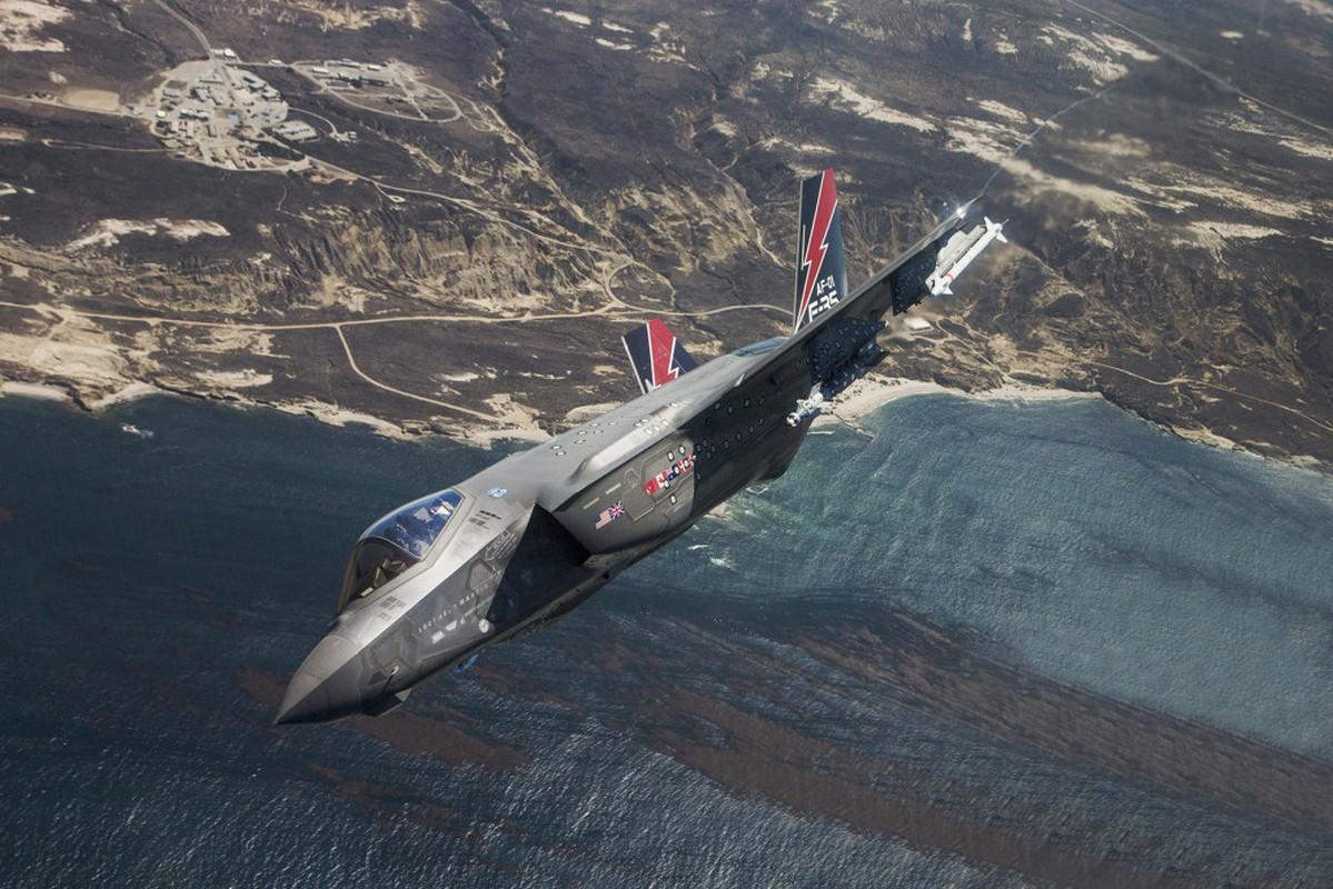 My ban chiec F-35 thu 400, tong gio bay cham nguong 200.000-Hinh-10