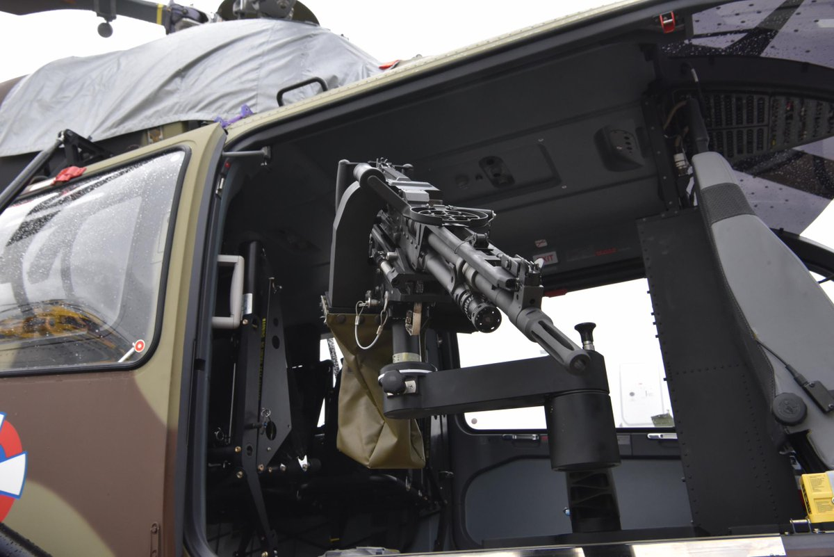 Soi truc thang vu trang Airbus, ca chau Au tranh nhau mua-Hinh-3
