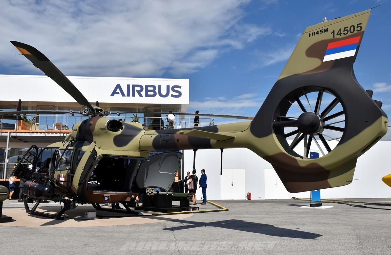 Soi truc thang vu trang Airbus, ca chau Au tranh nhau mua-Hinh-5
