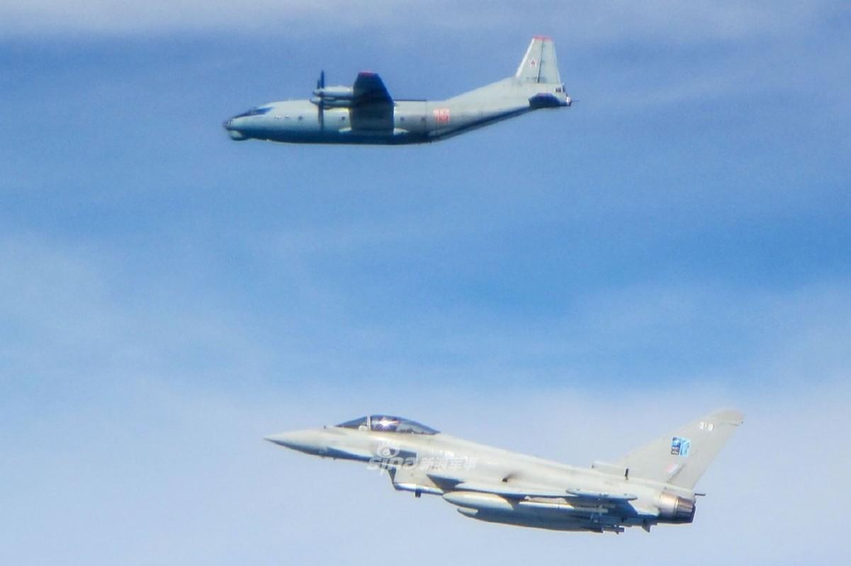 Can canh Su-27 Nga bi tiem kich Anh ap tai o bien gioi Estonia-Hinh-3