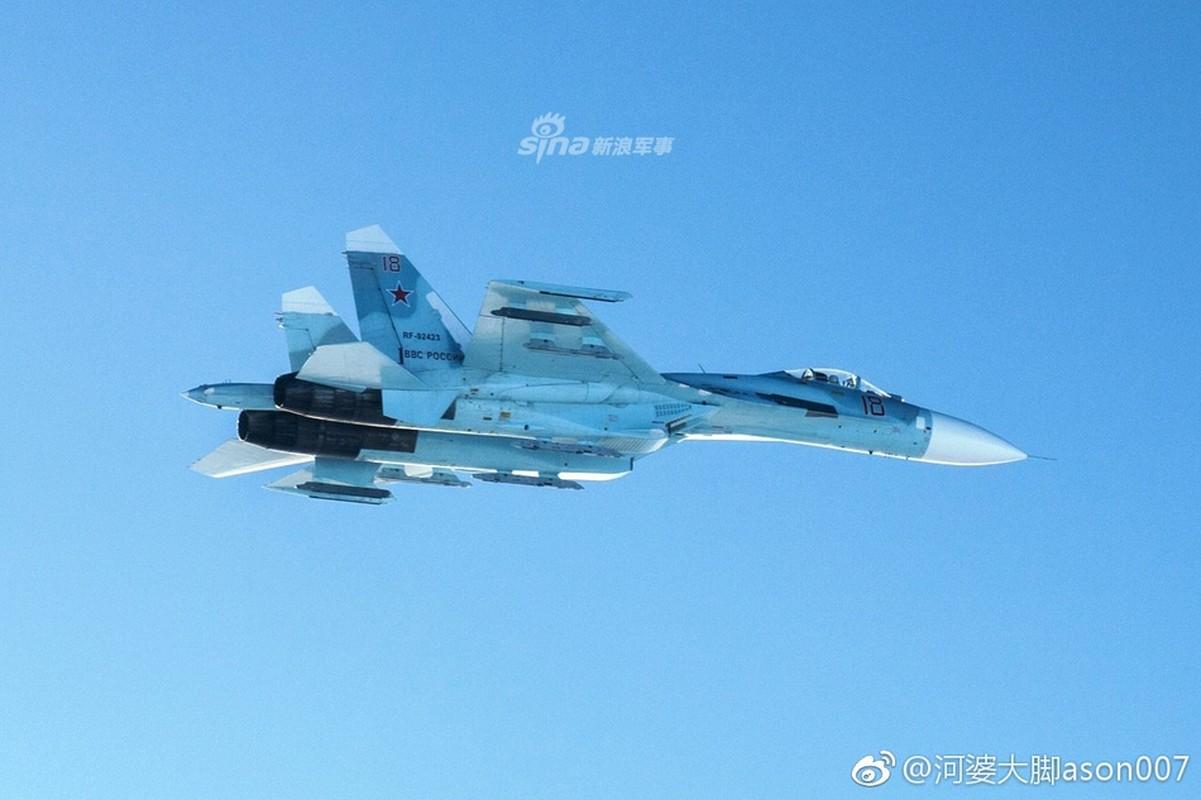 Can canh Su-27 Nga bi tiem kich Anh ap tai o bien gioi Estonia-Hinh-7