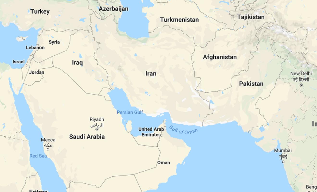 Iraq khong cho muon dat, My phai danh Iran tu huong nao?