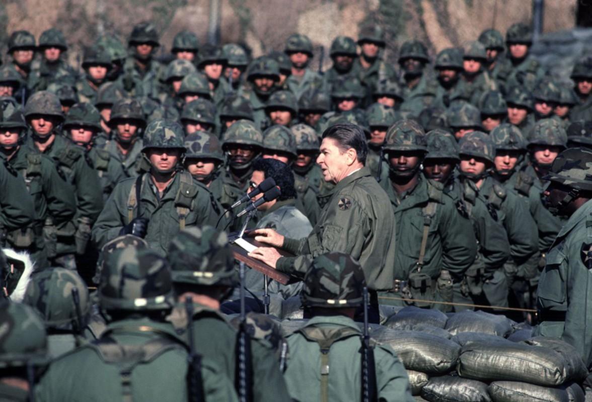 Anh cac Tong thong, Pho Tong thong My tung tham DMZ-Hinh-3