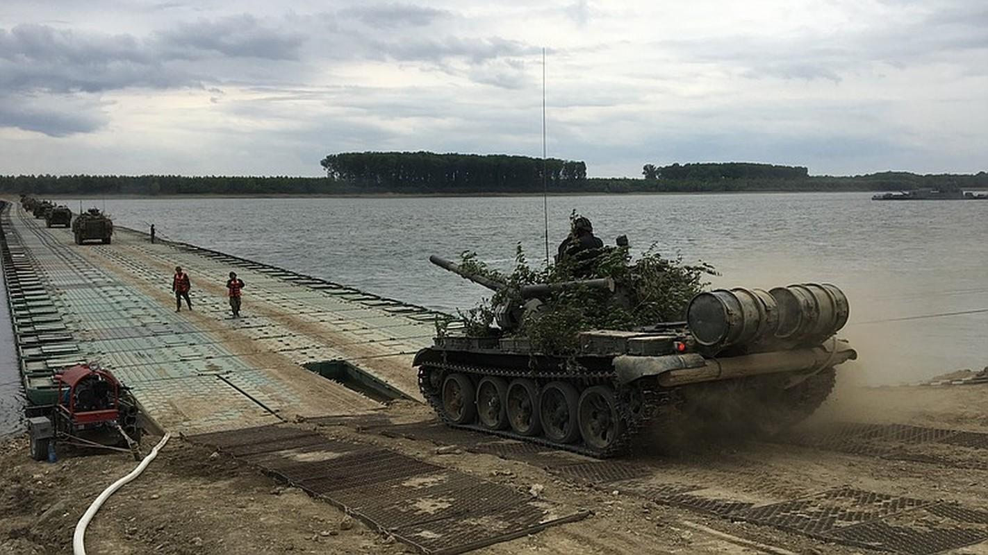 Tron mat xem NATO bac cau phao, vuot song to nhi chau Au-Hinh-7