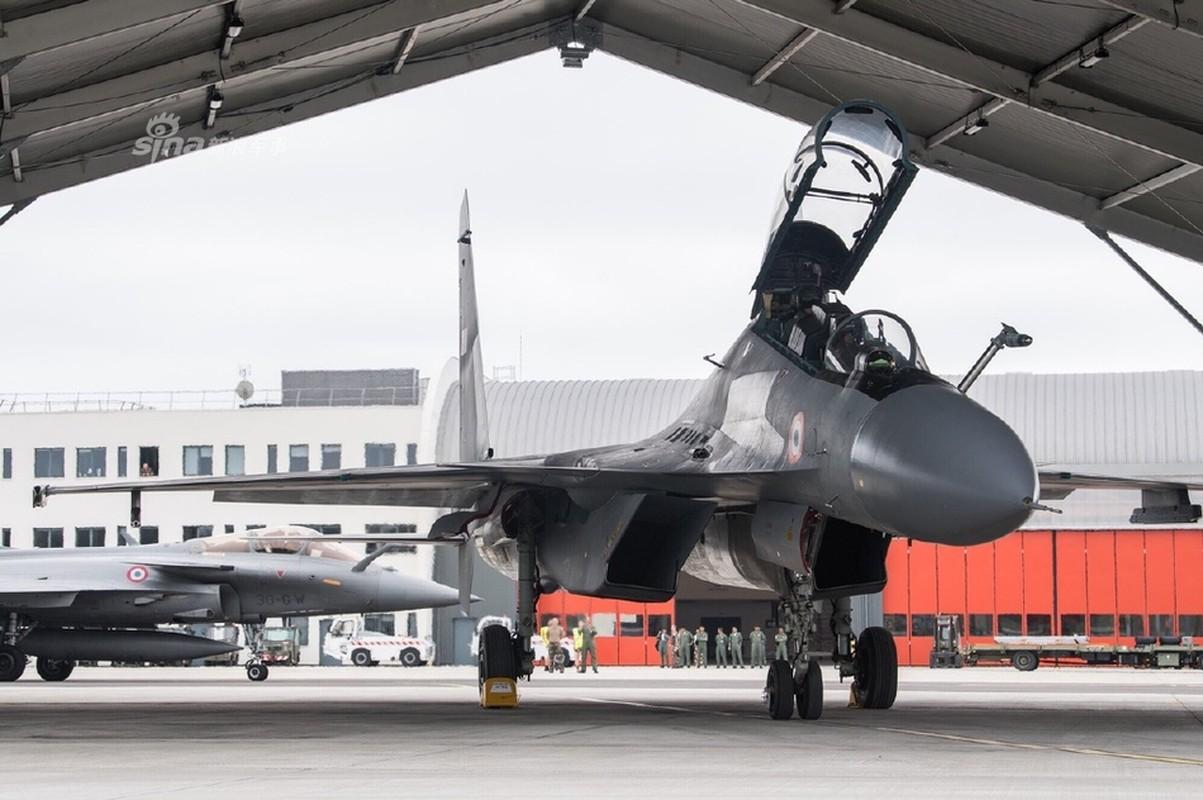Su-30 cua An Do co gi hon Rafale ma phi cong Phap