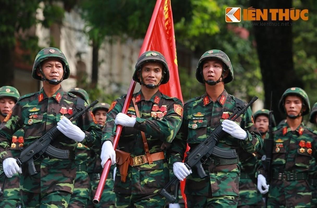 Viet Nam tang cuong trang bi sung Galil ACE 31 thay cho AKS va M18-Hinh-9