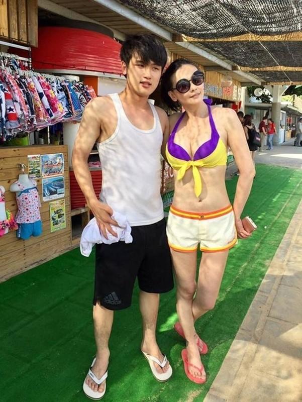 Bieu tuong goi cam Dai Loan cuoi tai xe Uber kem 15 tuoi, luong beo kho tuong-Hinh-8