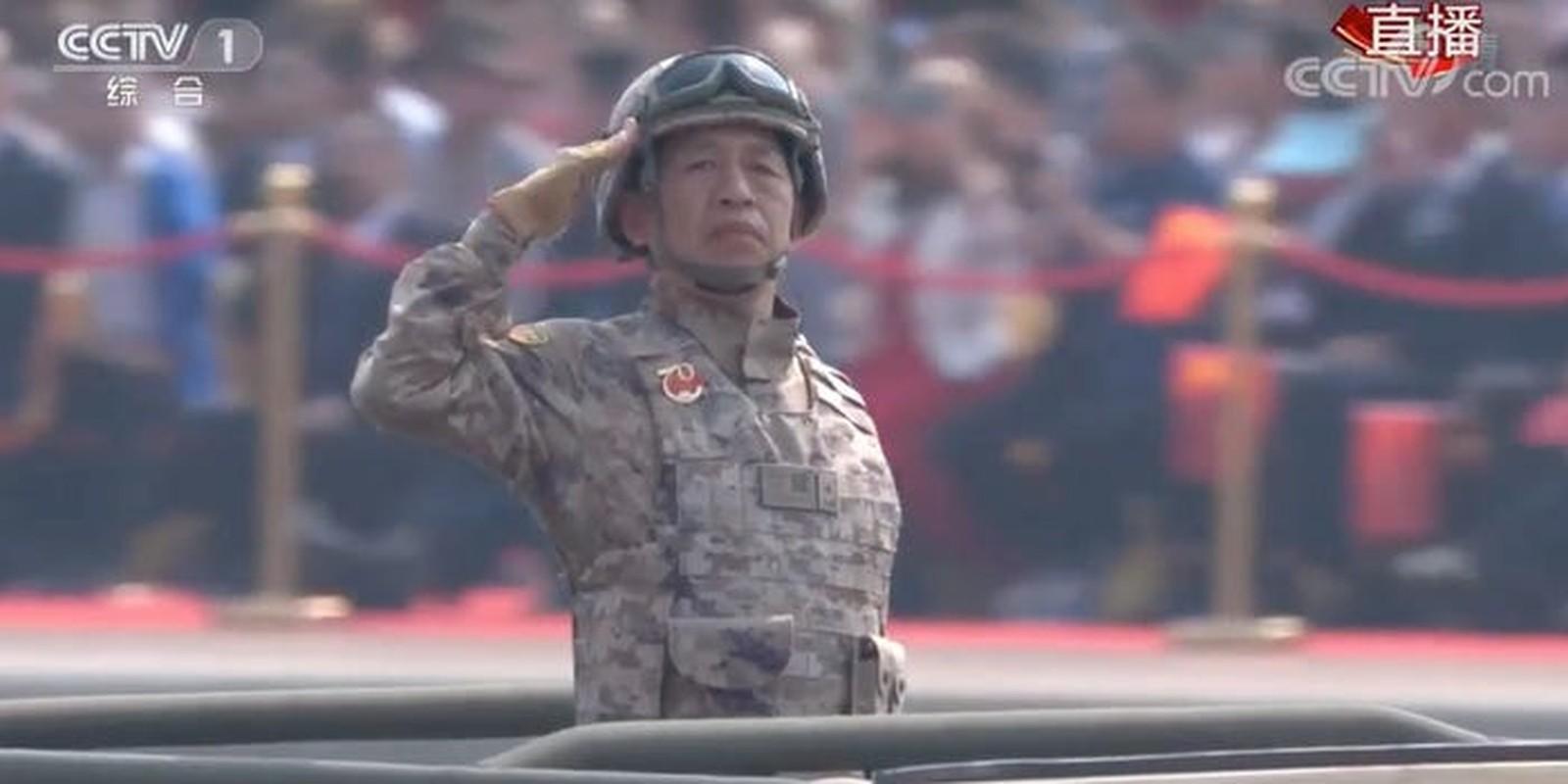 Nghi van ve dau hieu la tren quan phuc cua binh si Trung Quoc-Hinh-2