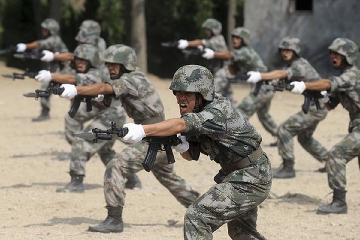 Nghi van ve dau hieu la tren quan phuc cua binh si Trung Quoc-Hinh-4