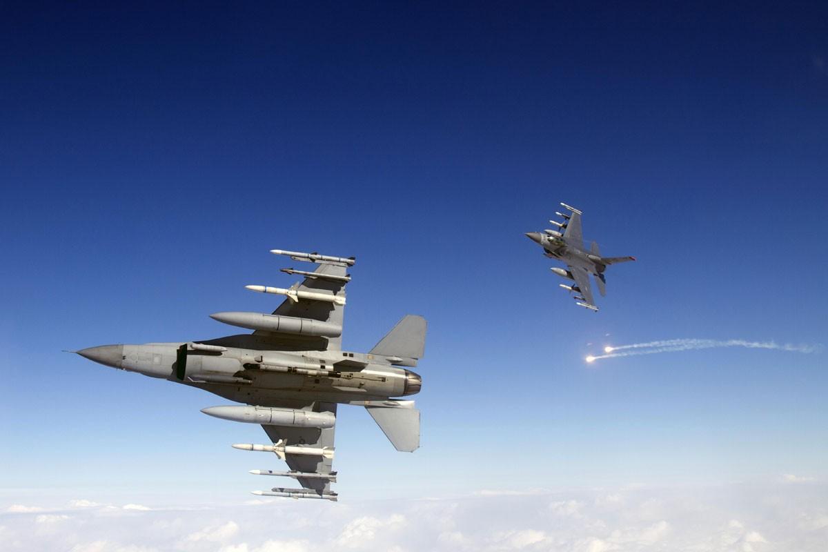 My gioi thieu F-16 voi Viet Nam, truyen thong Nga cuong cuong khuyen can-Hinh-6