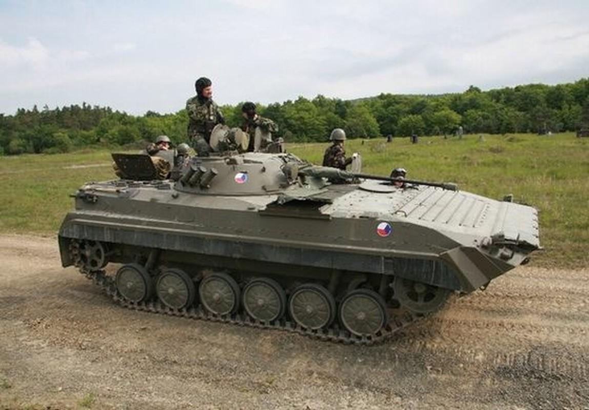 Viet Nam co the mua loat xe chien dau BMP-1/2 gia re tu Czech-Hinh-11
