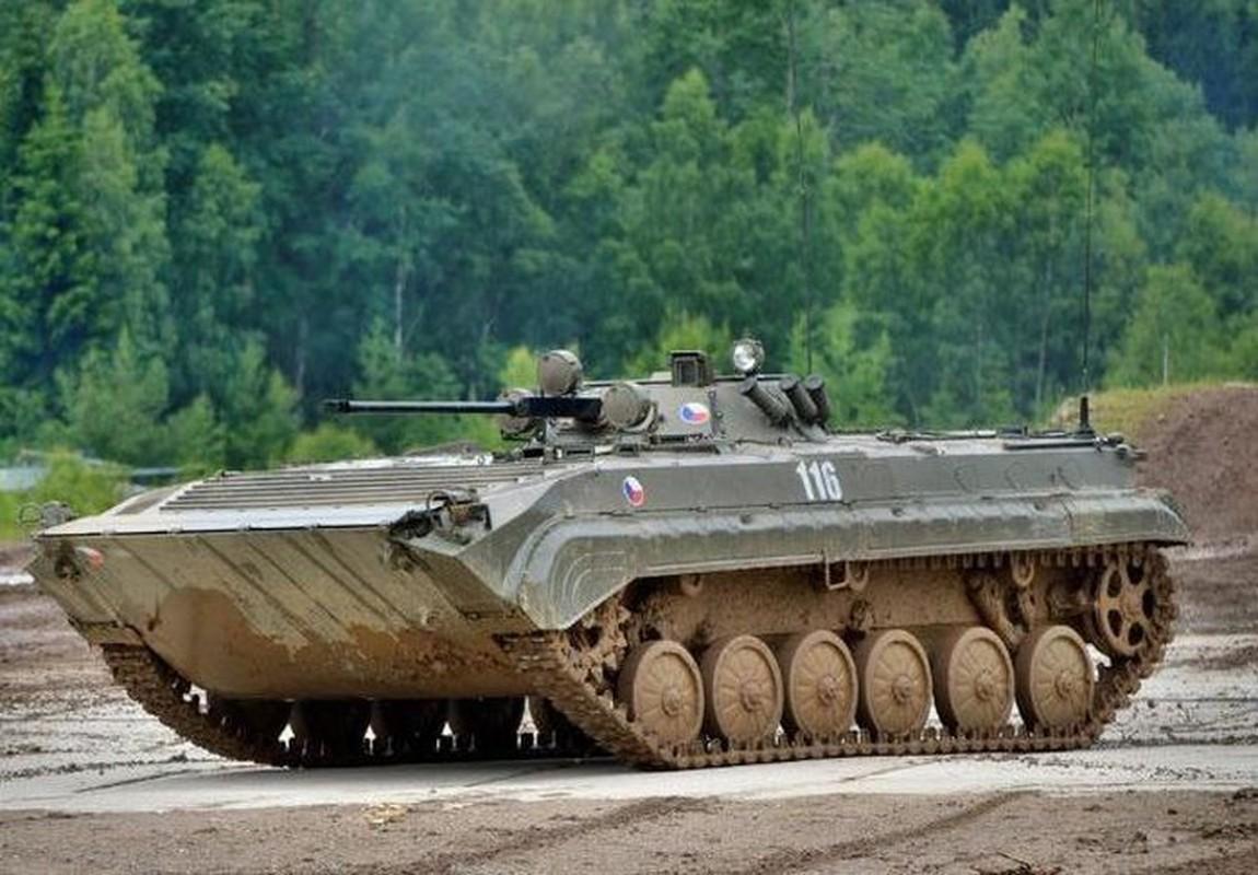 Viet Nam co the mua loat xe chien dau BMP-1/2 gia re tu Czech-Hinh-12