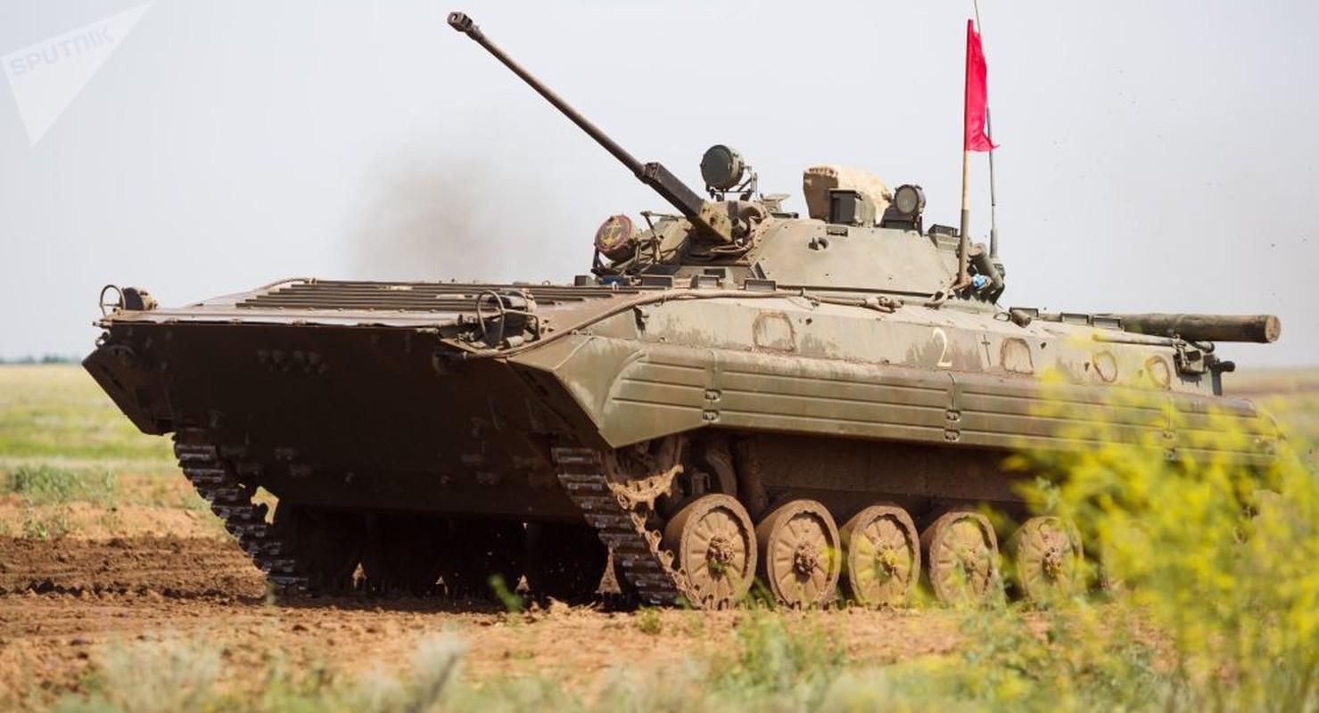 Viet Nam co the mua loat xe chien dau BMP-1/2 gia re tu Czech-Hinh-15