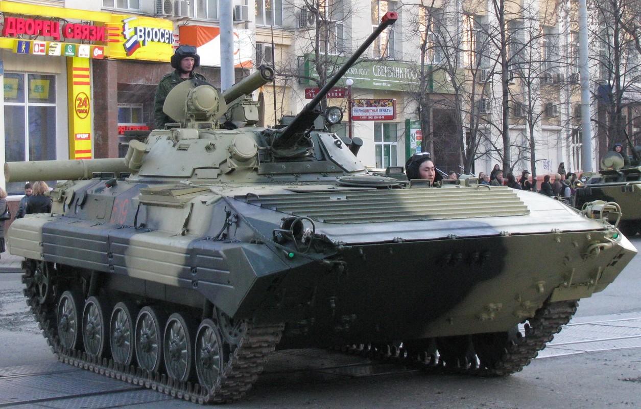 Viet Nam co the mua loat xe chien dau BMP-1/2 gia re tu Czech-Hinh-2