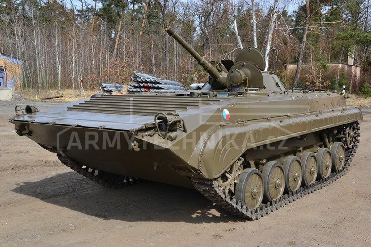 Viet Nam co the mua loat xe chien dau BMP-1/2 gia re tu Czech-Hinh-4