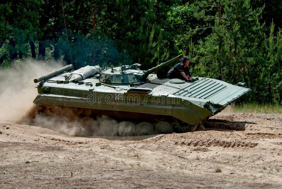 Viet Nam co the mua loat xe chien dau BMP-1/2 gia re tu Czech-Hinh-9