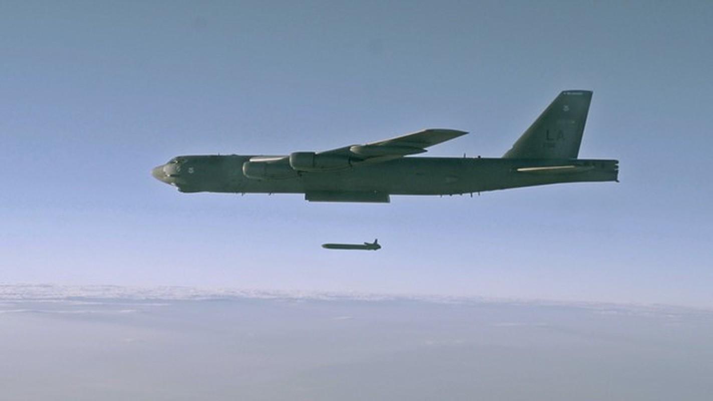 Phao dai bay B-52 My ap sat ban dao Crimea, Nga lo sot vo-Hinh-11