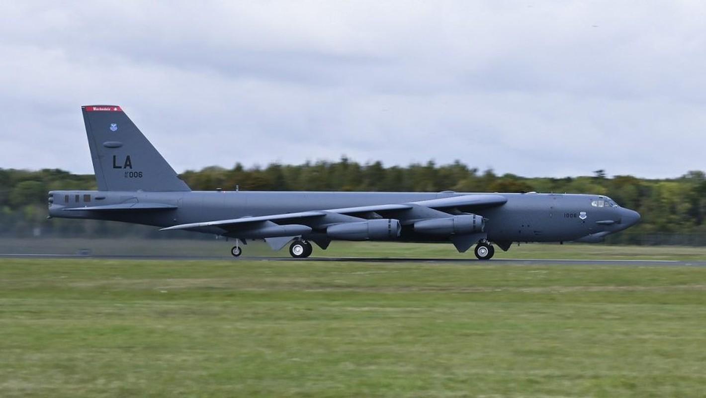 Phao dai bay B-52 My ap sat ban dao Crimea, Nga lo sot vo-Hinh-5