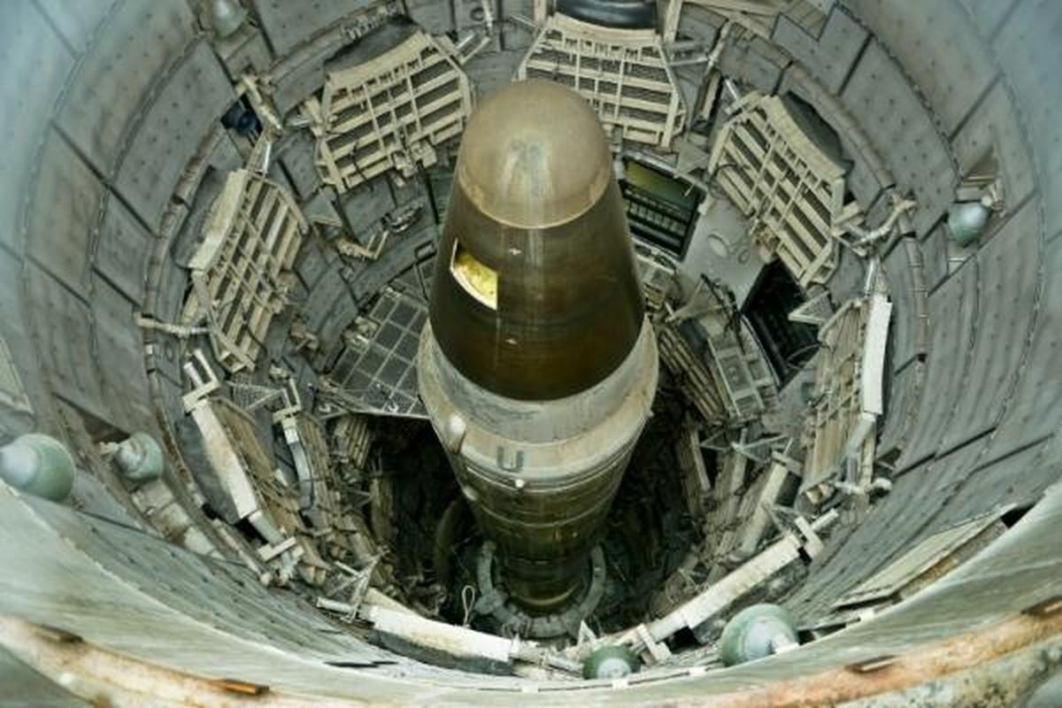 Khong quan My dieu tra nhan vien… hut can sa canh ten lua ICBM-Hinh-5