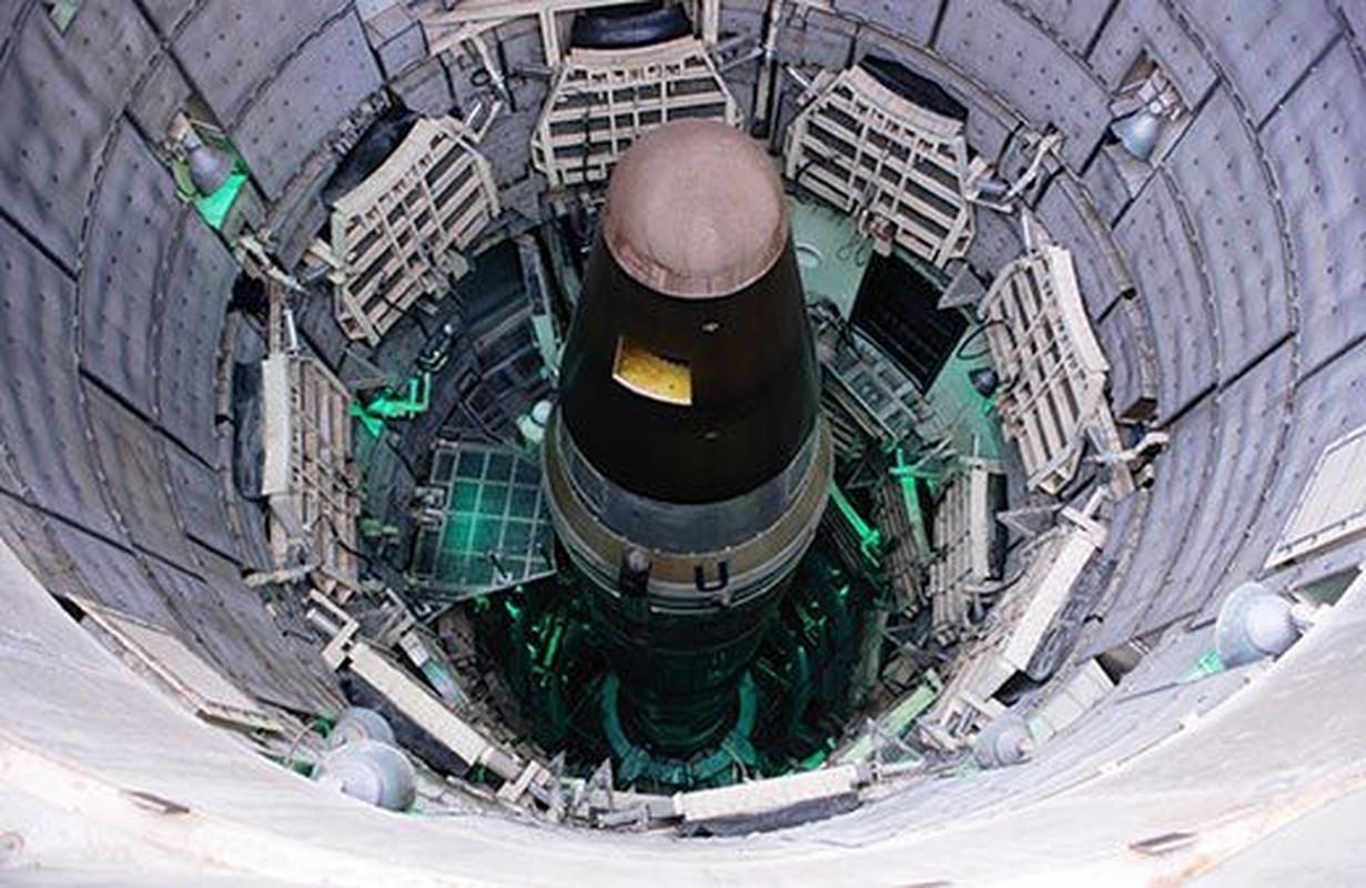 Khong quan My dieu tra nhan vien… hut can sa canh ten lua ICBM-Hinh-7