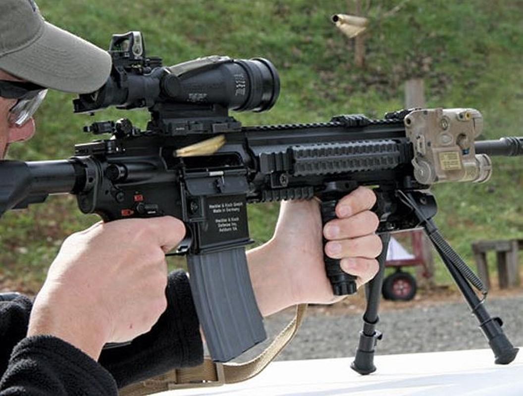 Sung truong HK416 toi tan cua luc luong vua tieu diet thu linh IS-Hinh-7
