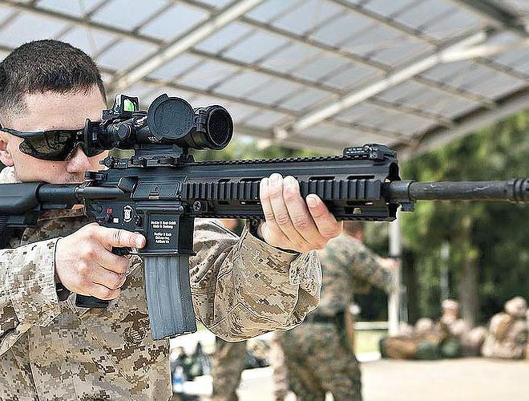 Sung truong HK416 toi tan cua luc luong vua tieu diet thu linh IS-Hinh-9