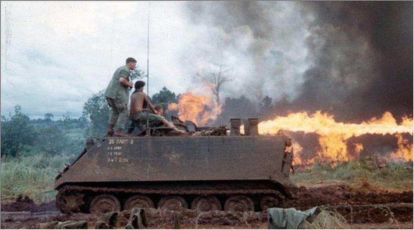 Thiet giap phun lua cuc doc giong het M113 My tung dua vao Viet Nam-Hinh-2