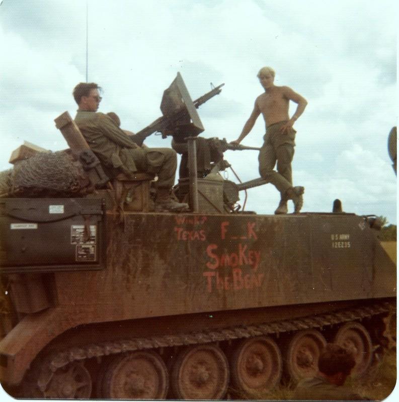Thiet giap phun lua cuc doc giong het M113 My tung dua vao Viet Nam-Hinh-8