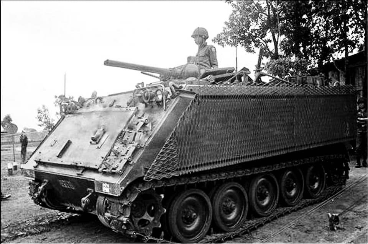 Thiet giap phun lua cuc doc giong het M113 My tung dua vao Viet Nam