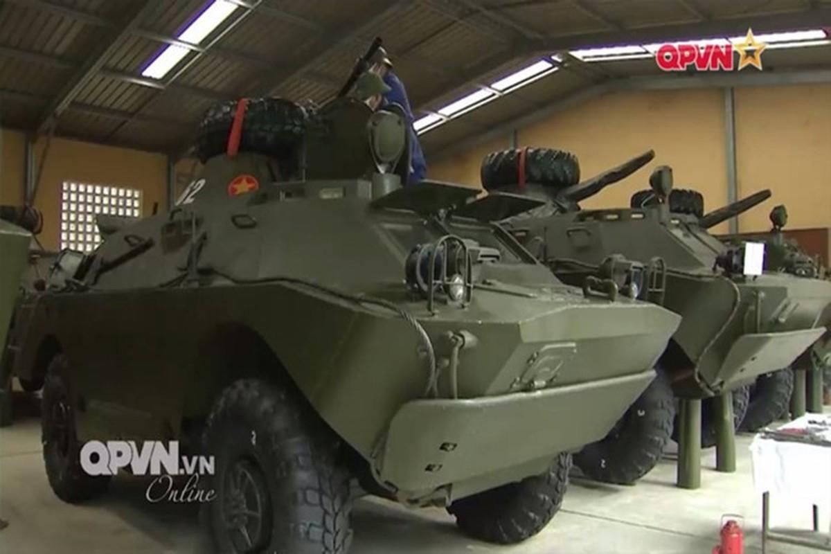 Xe thiet giap BRDM-2M qua re, Viet Nam nen can nhac nang cap-Hinh-2