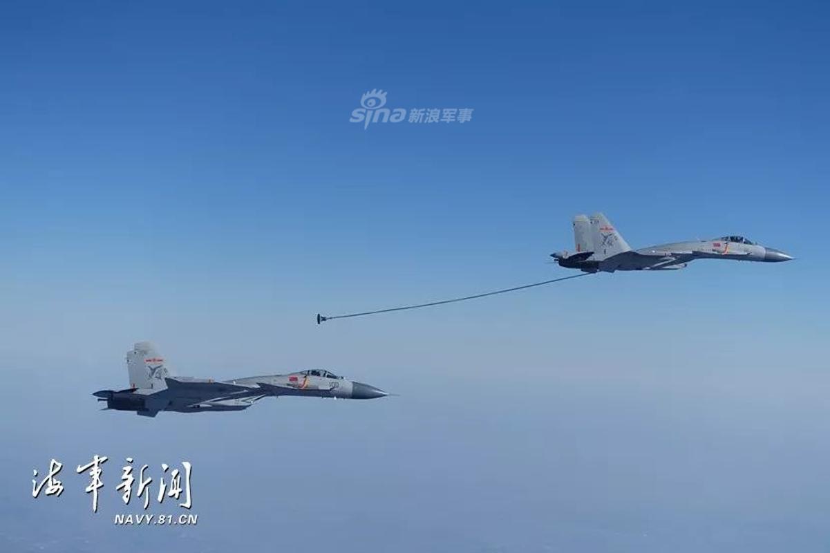 Bat ngo canh tiem kich cua Trung Quoc tu tiep lieu tren khong cho nhau-Hinh-3