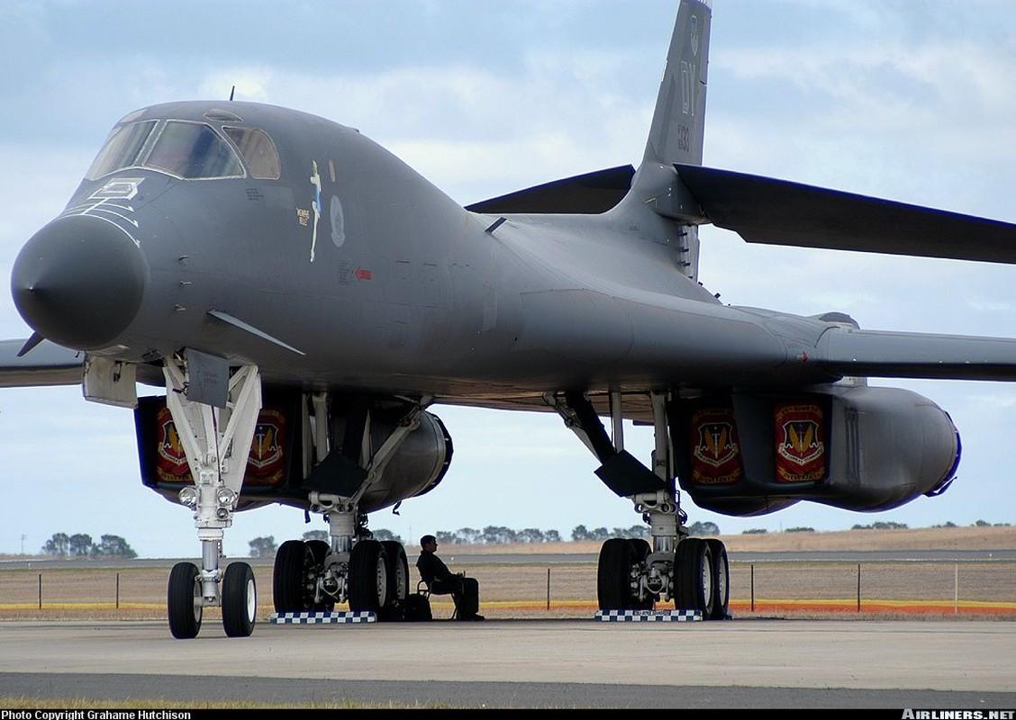 May bay nem bom B-1B Lancer cua My se bay cao hon va… cham hon?-Hinh-2