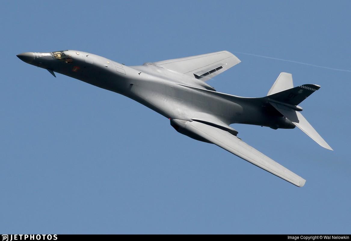 May bay nem bom B-1B Lancer cua My se bay cao hon va… cham hon?-Hinh-4