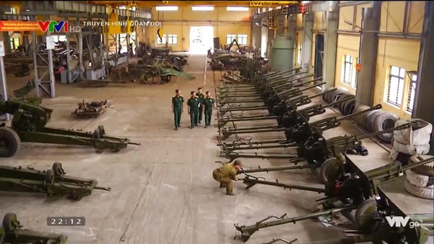 Vu khi mang ten lanh tu Lien Xo trong bien che Hai quan Danh bo Viet Nam-Hinh-2