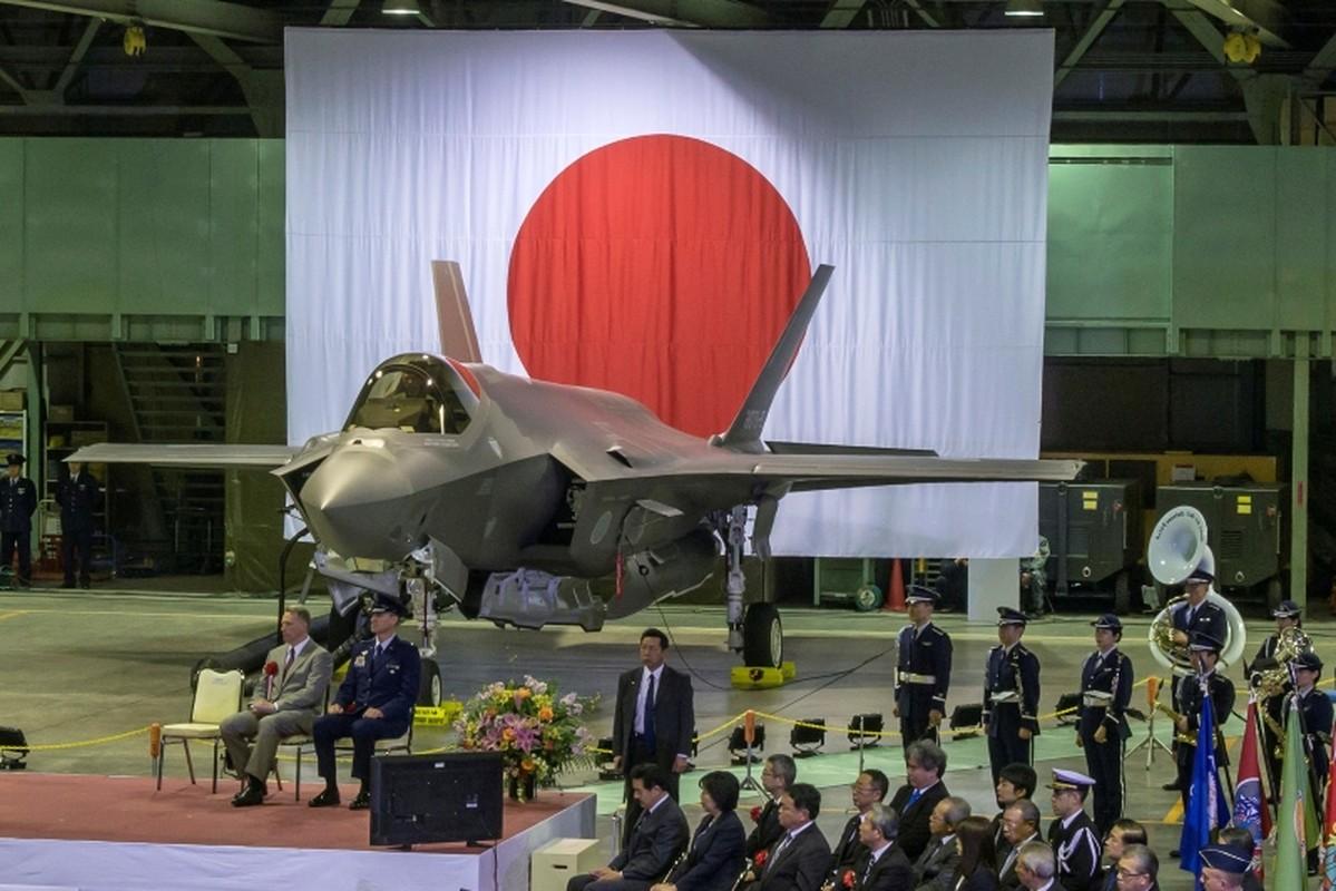 Nhung tiem kich F-35A dau tien duoc lap tai Nhat da chinh thuc bay duoc-Hinh-10