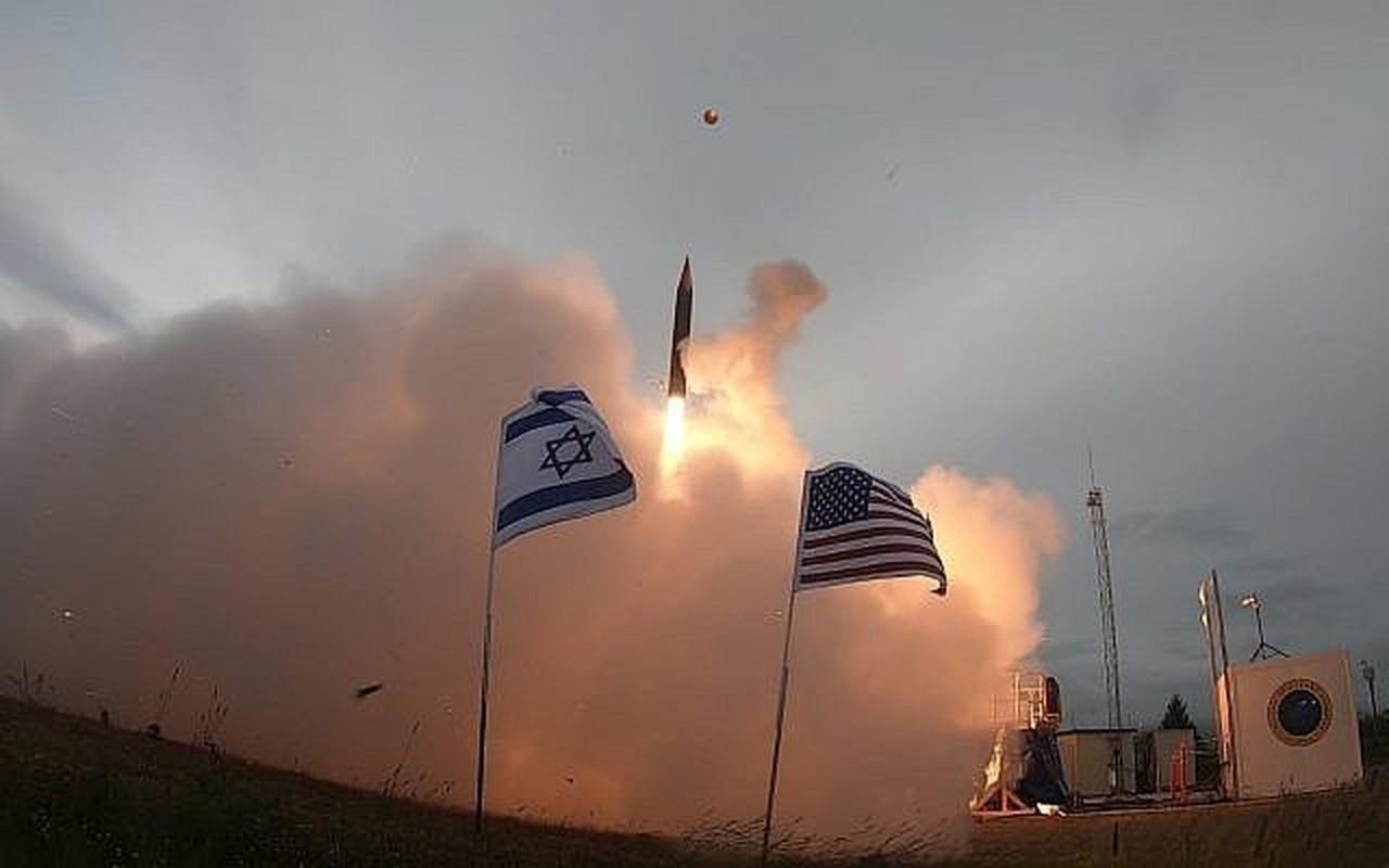 Nga bi boi he thong phong khong cua Israel