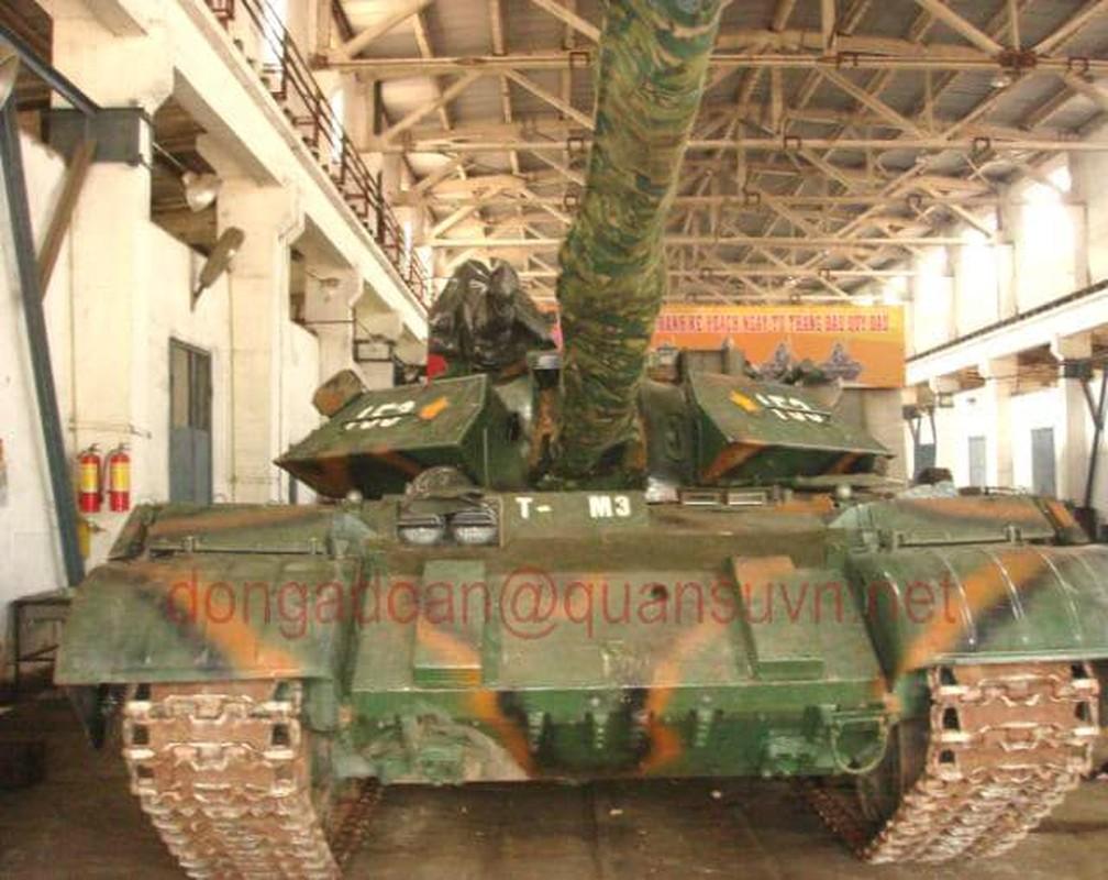 Anh hiem: Sieu tang T-54 Viet Nam dung co nong 105mm dat do trong qua khu
