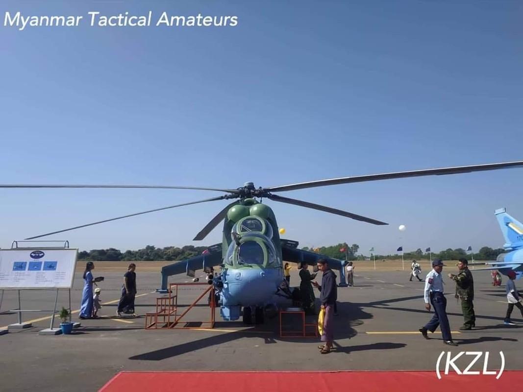 Lang gieng Myanmar khoe loat may bay Nga, Trung moi... suc manh khong quan tang vot-Hinh-3