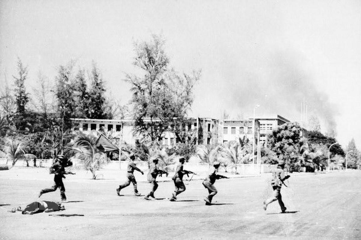 75 nam sau ngay thanh lap, Quan doi Viet Nam da chien thang nhung ke thu nao?-Hinh-8