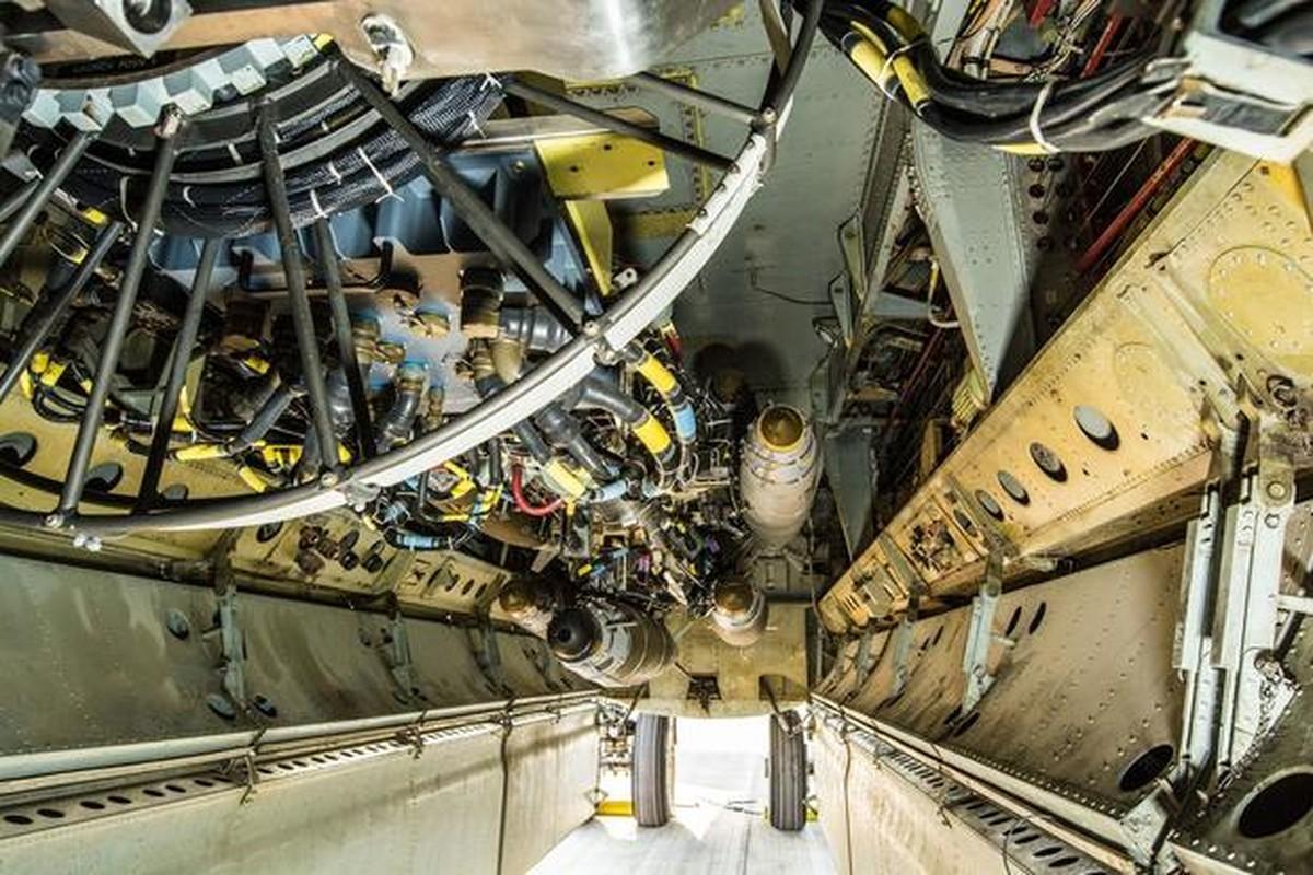 47 nam tran Dien Bien Phu tren khong: Khoang bom khong lo cua B-52 co thay doi gi?-Hinh-2