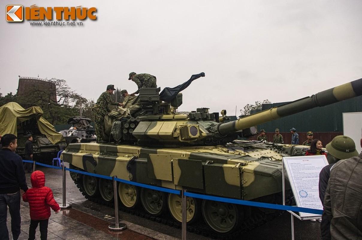 Uu, nhuoc diem cua he thong nap dan tu dong tren xe tang T-90 Viet Nam-Hinh-7