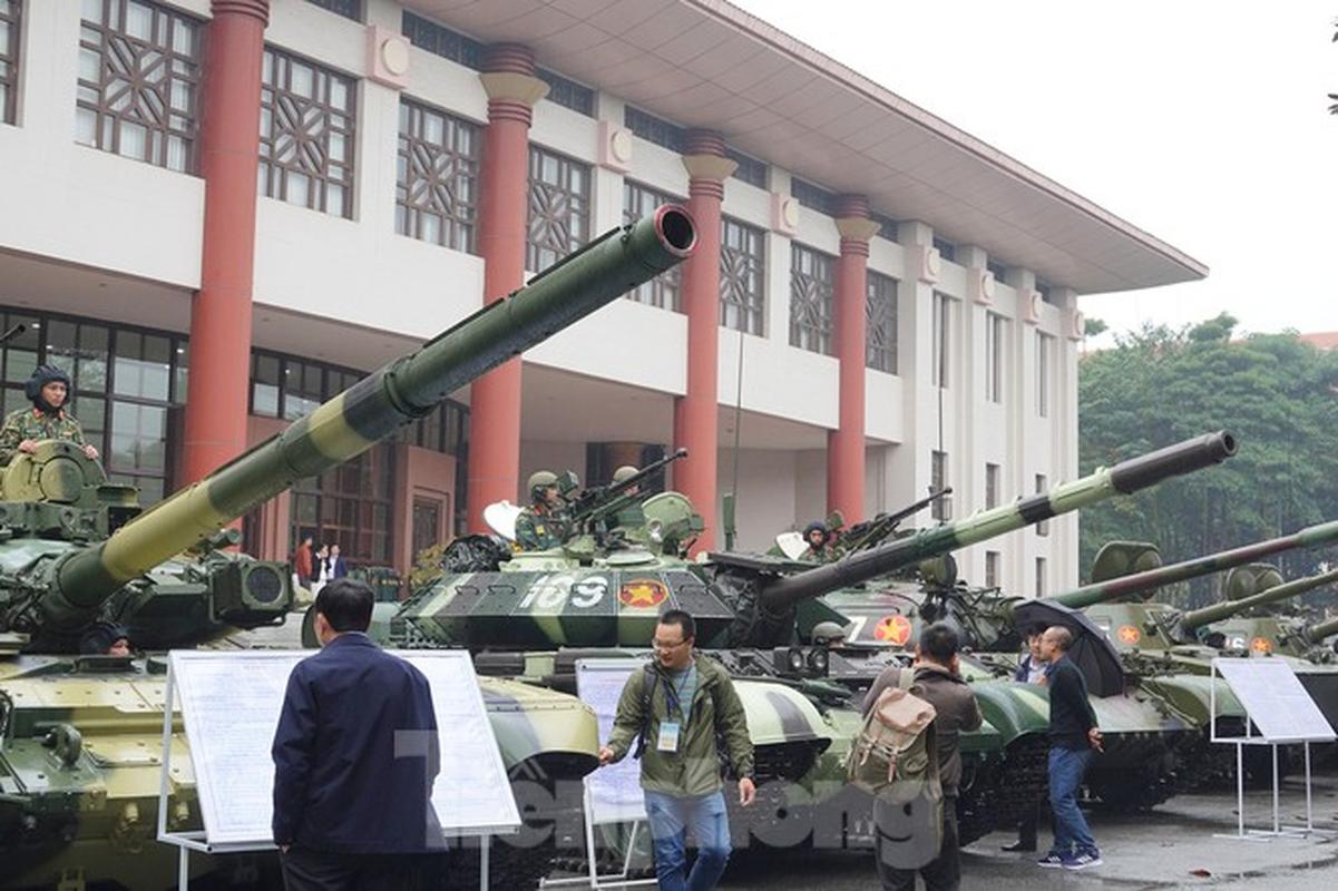 Sieu tang T-54M vua xuat hien o Ha Noi duoc hien dai hoa den muc nao?-Hinh-2