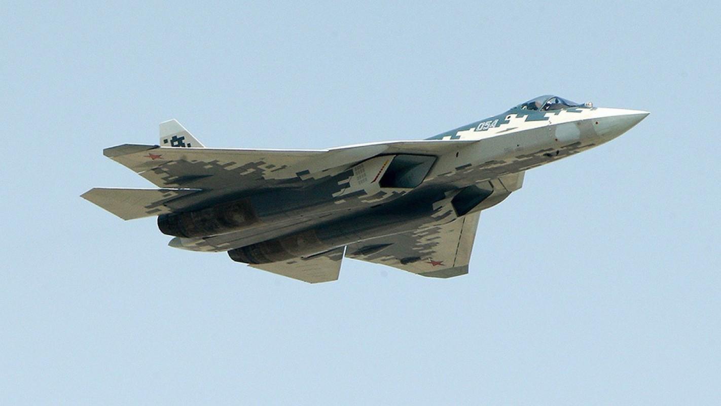 Bat chap Su-57 vua roi, Khong quan Nga van nhan mot loat tiem kich nay trong 2020-Hinh-6