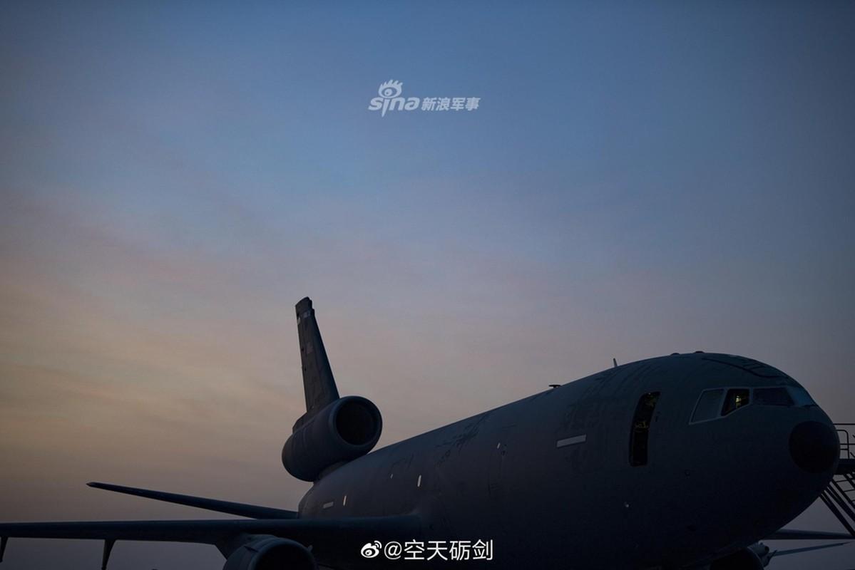 Tiep lieu tren khong cho tiem kich F-35: Kho nhu len troi!-Hinh-10